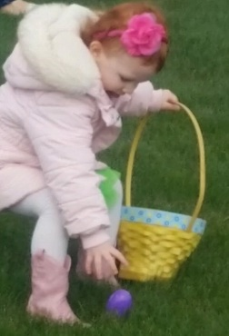 2017_EasterEggHunt_ErinGaston_02_edited